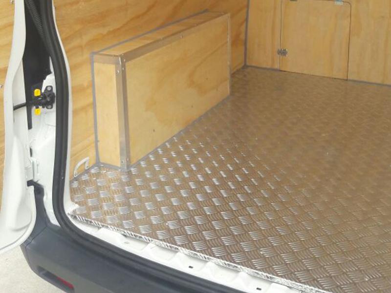 Furgões Voigt - Revestimento de Proteção para Furgões, Baús e veículos Utilitários
